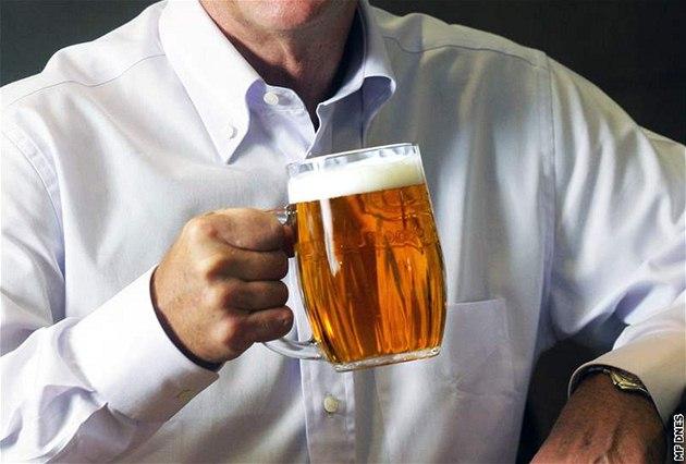 Trung bình 1 người Séc sau 60 năm uống hết 8700 lít bia và ăn khoảng 4,5 con bò